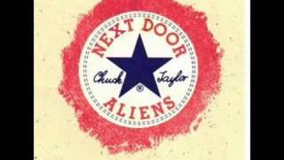 getlinkyoutube.com-Next Door Aliens Nikki