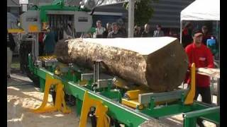 getlinkyoutube.com-PILOUS hydraulic log bandsaw CTR 950 H - part 1.