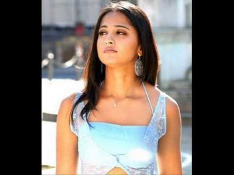 Anushka dubs in own voice for ajith film