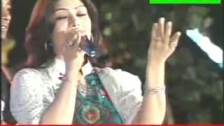 YouTube - Shabnum Majeed sings Iqbal - La phir ik baar wohi Bada-o-Jam