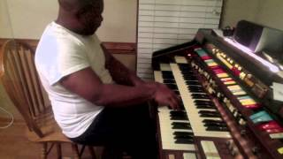 getlinkyoutube.com-Pierre Introduces Hammond Organ