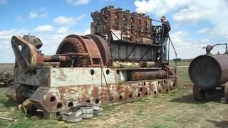 getlinkyoutube.com-Enterprise DSG-36 Antique Diesel Engine First Fire up