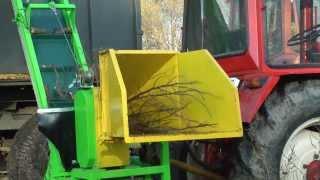 getlinkyoutube.com-Rębak walcowy GR-110 z taśmociągiem