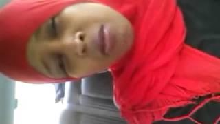 getlinkyoutube.com-Gabar somaliyeed oo si dhab ah u hadlayso