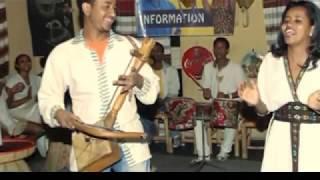 getlinkyoutube.com-Ethiopian Azmari Music