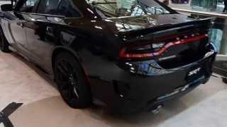getlinkyoutube.com-Dodge Charger SRT Hellcat Startup - CIAS2015