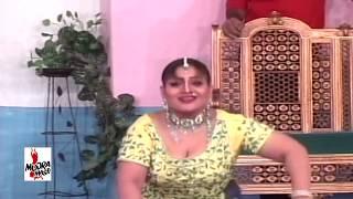 getlinkyoutube.com-ADHI RAATI AONDA EH - AMBER SHAH MUJRA - PAKISTANI MUJRA DANCE