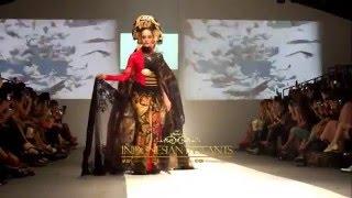 getlinkyoutube.com-Gambang Semarang Anne Avantie Jakarta Fashion Week 2016 Senayan City