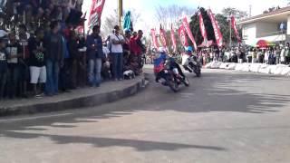 """getlinkyoutube.com-Road Race """"Insiden"""" Motoprix SOE"""