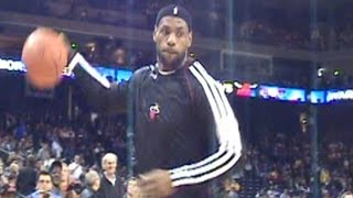 getlinkyoutube.com-Fan assists LeBron during Warmups