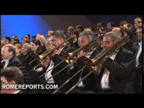 The oldest orchestra in Europe gives the Pope the gift of music
