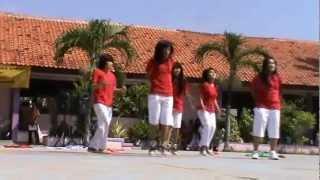 "getlinkyoutube.com-hot chili dance ""tradisional hiphop dance"""