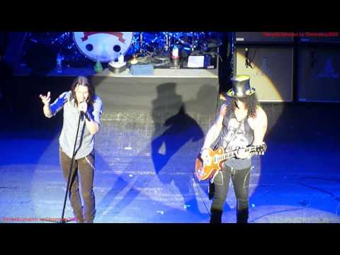 SLASH - Mr. Brownstone Live at Brixton Academy, London England, 12 Oct 2012