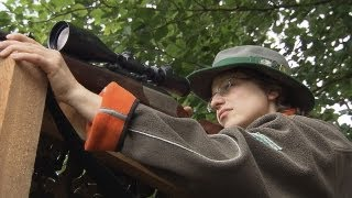 getlinkyoutube.com-Frauen auf der Jagd Part 1