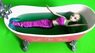 Elsa se Transforma em Sereia Nadando em Slime Baff Gosma Verde Disney Frozen Completo em Portugues