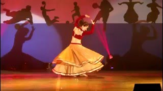 getlinkyoutube.com-Deewani Mastani by Urvashi Pardeshi ( Yuva Fest )