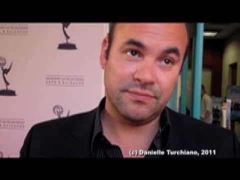 Ian Gomez talks 'Cougar Town', Penny Can & Nia Vardalos