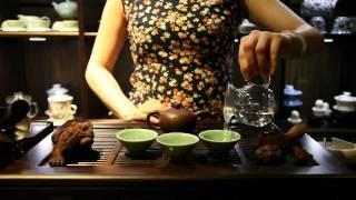 getlinkyoutube.com-The Chinese Tea Company - Brewing Puer Cha