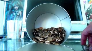 getlinkyoutube.com-へそくり開封!~100万円貯まる貯金箱を開けてみた~
