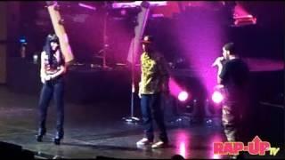 getlinkyoutube.com-Drake Surprises Los Angeles with Nicki Minaj and Tyga