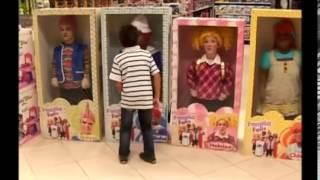 getlinkyoutube.com-funny brazilian living dolls prank