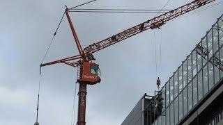 getlinkyoutube.com-LIEBHERR MK 100/110 bei Abbrucharbeiten am Bürohaus - Soeren66