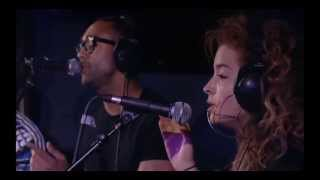 getlinkyoutube.com-Rudimental -  White Noise/Blackout (ft Ella Eyre) Radio1 Live Lounge 17.04.13