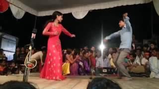 Arkestra Dance//Suna Ae Raja ji Suhag Wali  लालटेन जरा के धरब रानी Stage Show/Arkestra Dance @ New