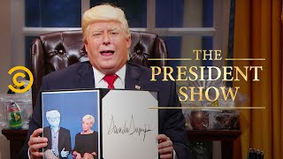 Executive Orders: A Little Less Transparency - The President Show - Comedy Central