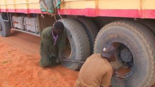 getlinkyoutube.com-truckride alongst the somali/kenyan border