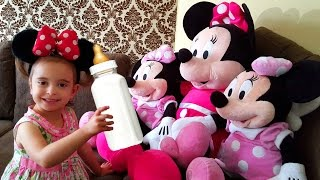 getlinkyoutube.com-Disney Minnie Mouse Care /Three Little Kittens Song