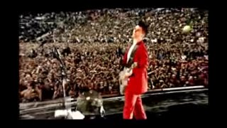 Muse - Knights Of Cydonia: Live At Wembley Stadium 2007