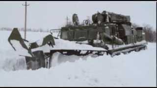Горячий снег. Путепрокладчик БАТ-2 против сугробов.
