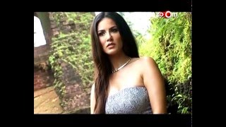 getlinkyoutube.com-Sunny Leone's H0t Strip TEASE For A Private Party | Leaked Pictures