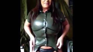 getlinkyoutube.com-Busomy Busty Big Boobed Leanne Crow pops her top