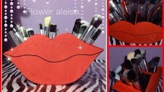getlinkyoutube.com-DIY- porta brochas en forma de labios