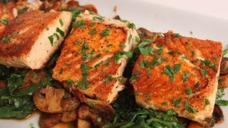 getlinkyoutube.com-Seared Salmon with Sauteed Spinach and Mushrooms - Laura Vitale - Laura in the Kitchen Ep 323
