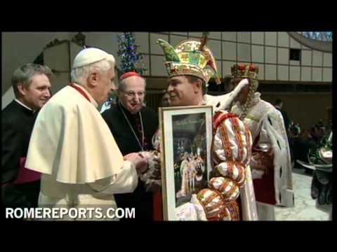 El carnaval de Colonia visita a Benedicto XVI