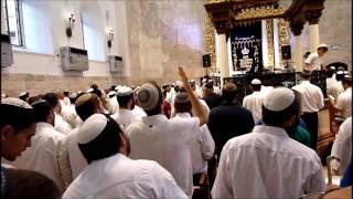 getlinkyoutube.com-Prayers for Jerusalem at the Hurva Synagogue - Old City Jerusalem