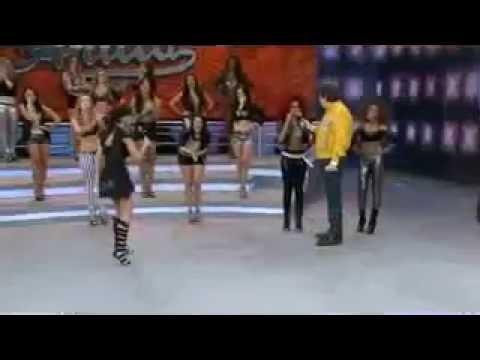 Anitta paga mico no Domingão do Faustão - 18/08