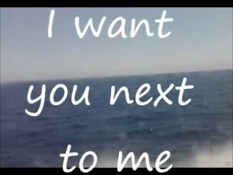 Next To Me de Jet Black Stare Letra y Video