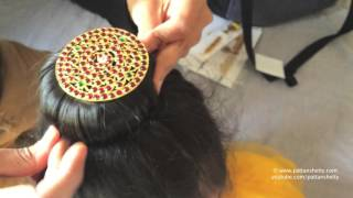 getlinkyoutube.com-How to tie hair bun with rakodi (ಮಬ್ಡೊ) (donut) for Bharatnatyam