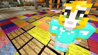 getlinkyoutube.com-Minecraft Xbox - Cave Den - Colour And Light (17)