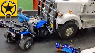 getlinkyoutube.com-BRUDER Toys POLICE ADVENT CALENDAR (3) Car CRASH wiz TRUCK