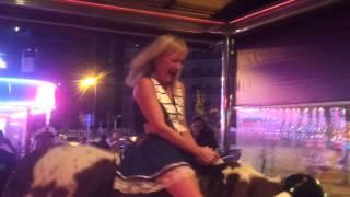 getlinkyoutube.com-Champions bar bull benidorm