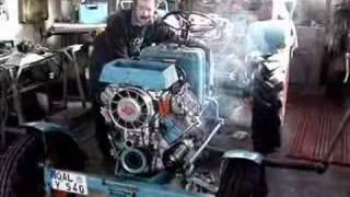 getlinkyoutube.com-Oldtimer Traktor - Erster Start nach Motorrevision