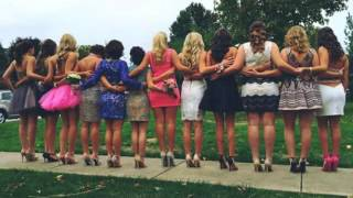 getlinkyoutube.com-Brooke and Paige Hyland Homecoming 2015