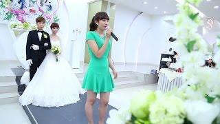 """Cô gái xinh như hoa hát live đám cưới """"Xin Cám Ơn Tình Yêu"""""""
