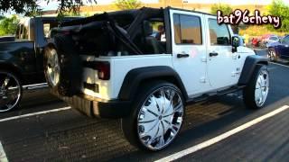 """getlinkyoutube.com-White Jeep Wrangler Unlimited X on 30"""" Rockstarr Wheels - 1080p HD"""