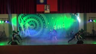 getlinkyoutube.com-1050120龍岡好聲音--街舞社演出